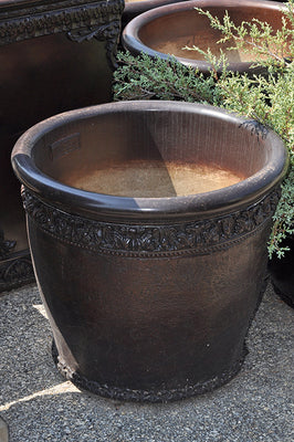 Acanthus Detail Planter - Bronze