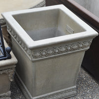 Manor Planter- Old Roman