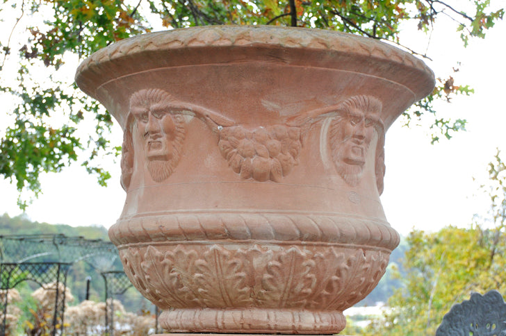 Curvy Pot with Garland - Large