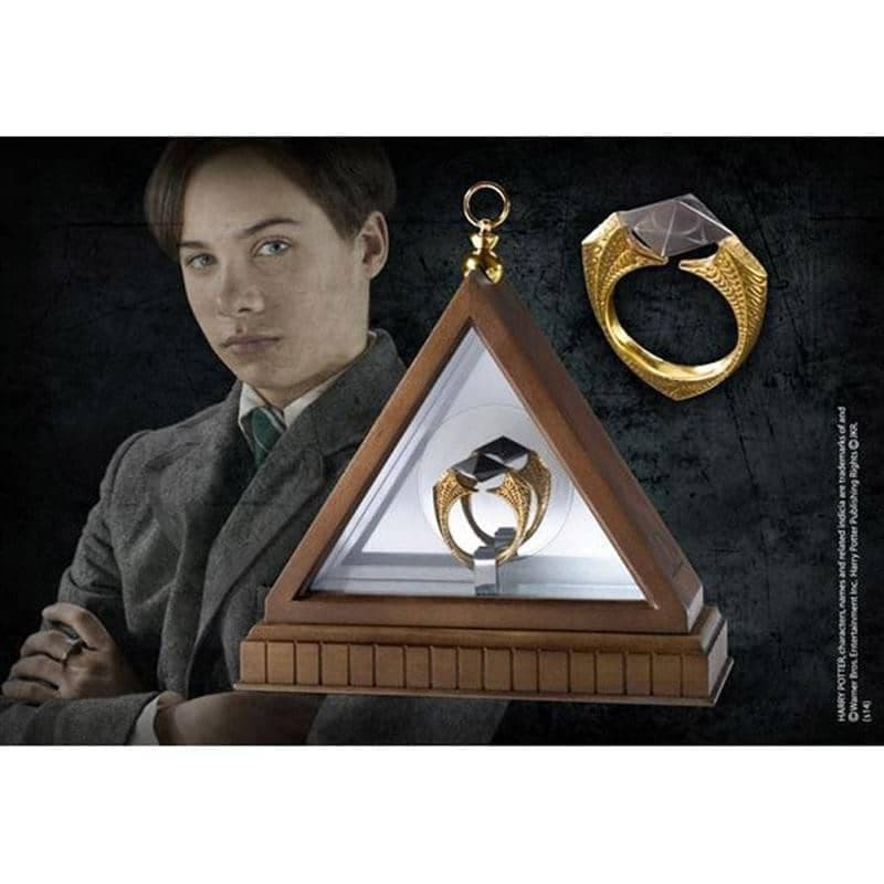 Harry Potter The Horcrux Ring Display