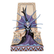 Load image into Gallery viewer, Disney The Emperor's New Groove Yzma 'Emaciated Evil' Figurine