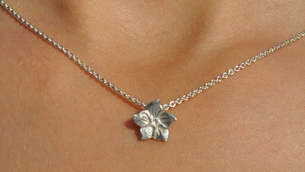 Mosami Forget Me Not Necklace