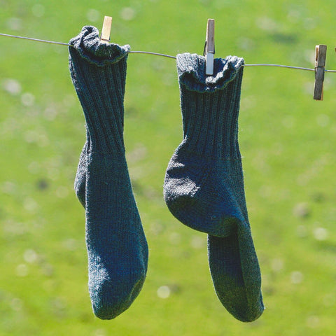 How to dry your socks