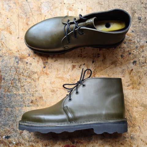Men's Chukka Boot, Olive Green
