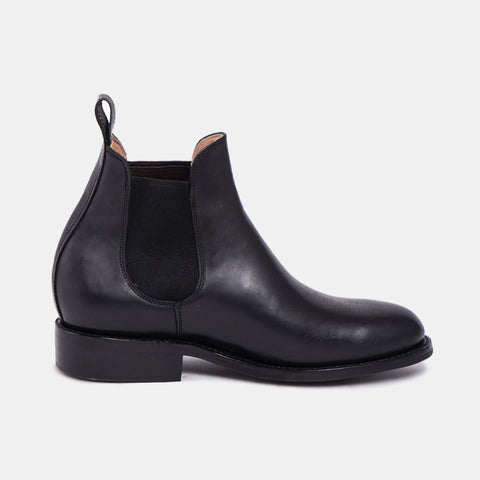 Pedro Men's Chelsea Boot with Tyre Sole, Black