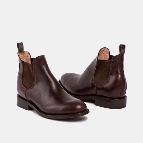 Denise Women's Chelsea Boot with Tyre Sole, Chocolate