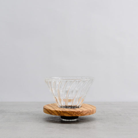 V60 Olive Wood and Glass Coffee Dripper 02