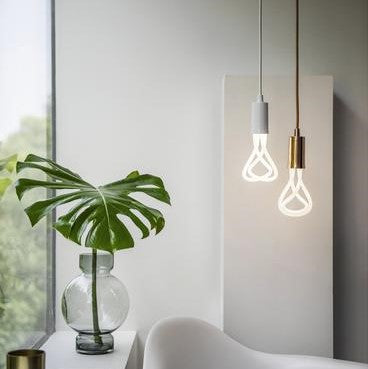 Plumen 001 LED Light Bulb - BuyMeOnce Direct - BuyMeOnce UK