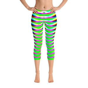 Vibrant Geometric Women's Super Soft Capri Leggings