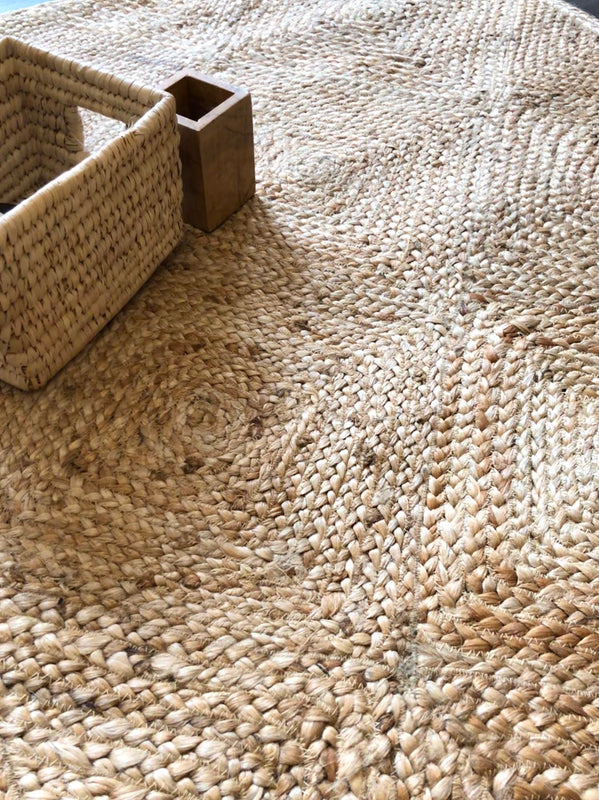 Bella Jute Braided Rug