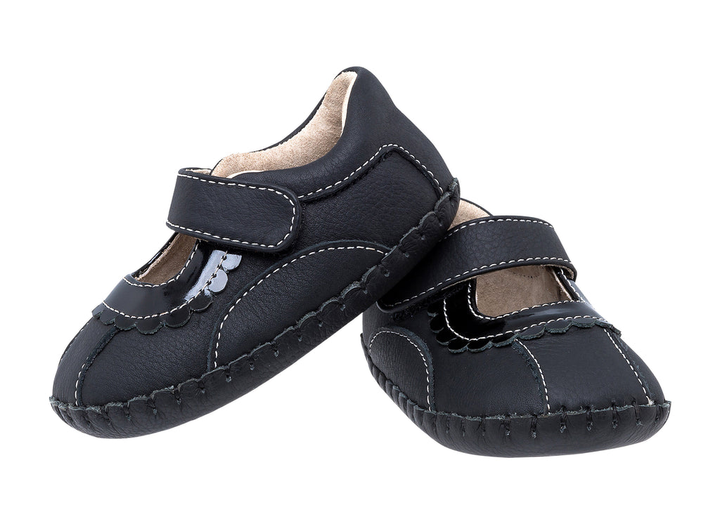 Maggie / Black Leather - JEMOS SHOE OF THE MONTH