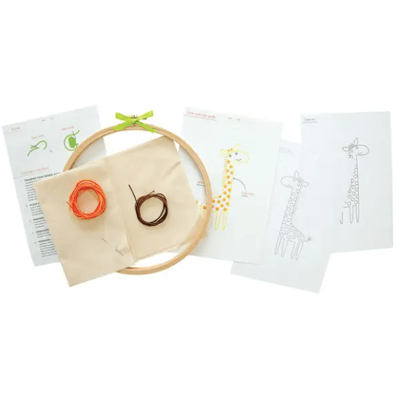 Giraffe Embroidery Wall Art Kit