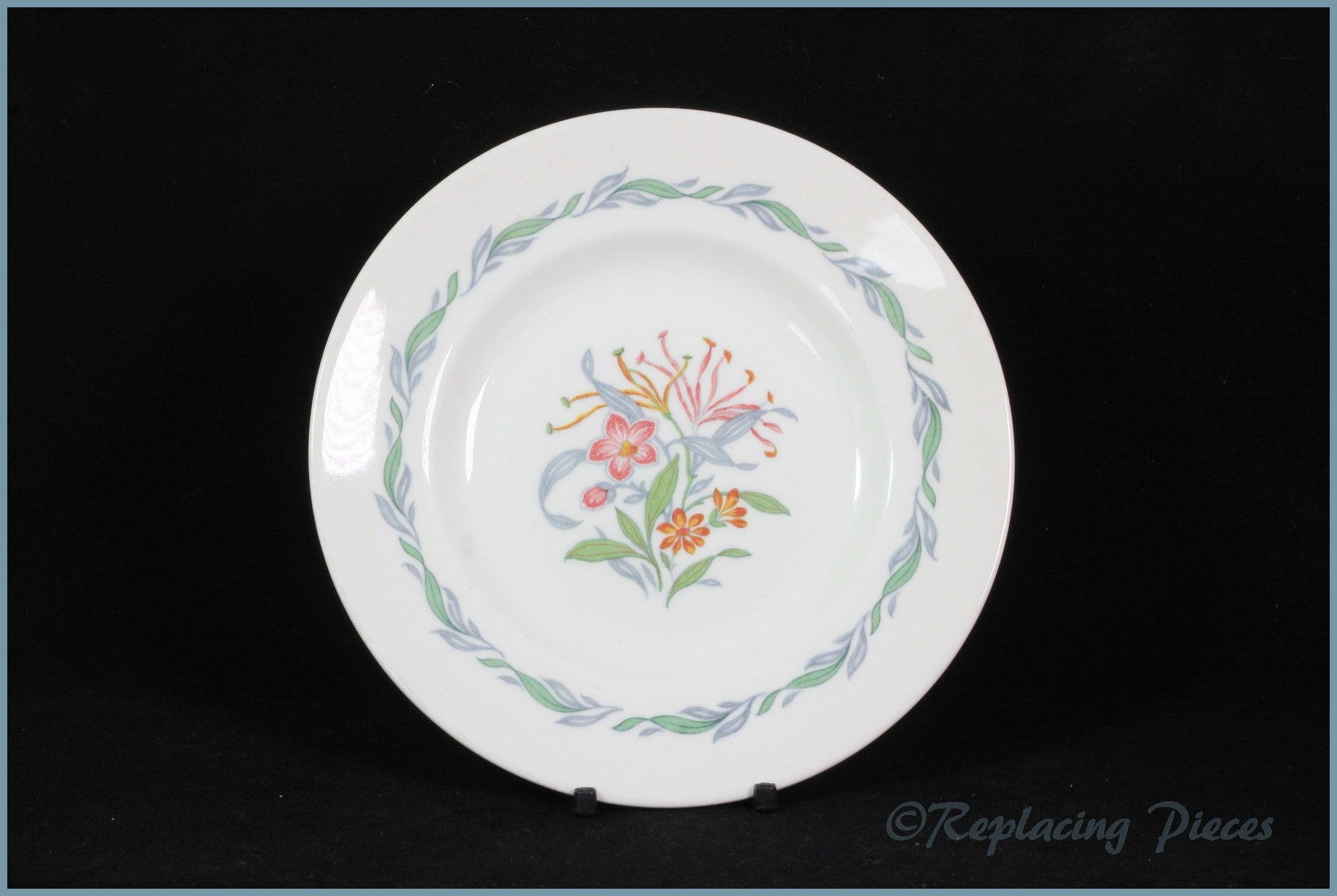 "Royal Doulton - Fairfield (D6339) - 6 1/2"" Side Plate"