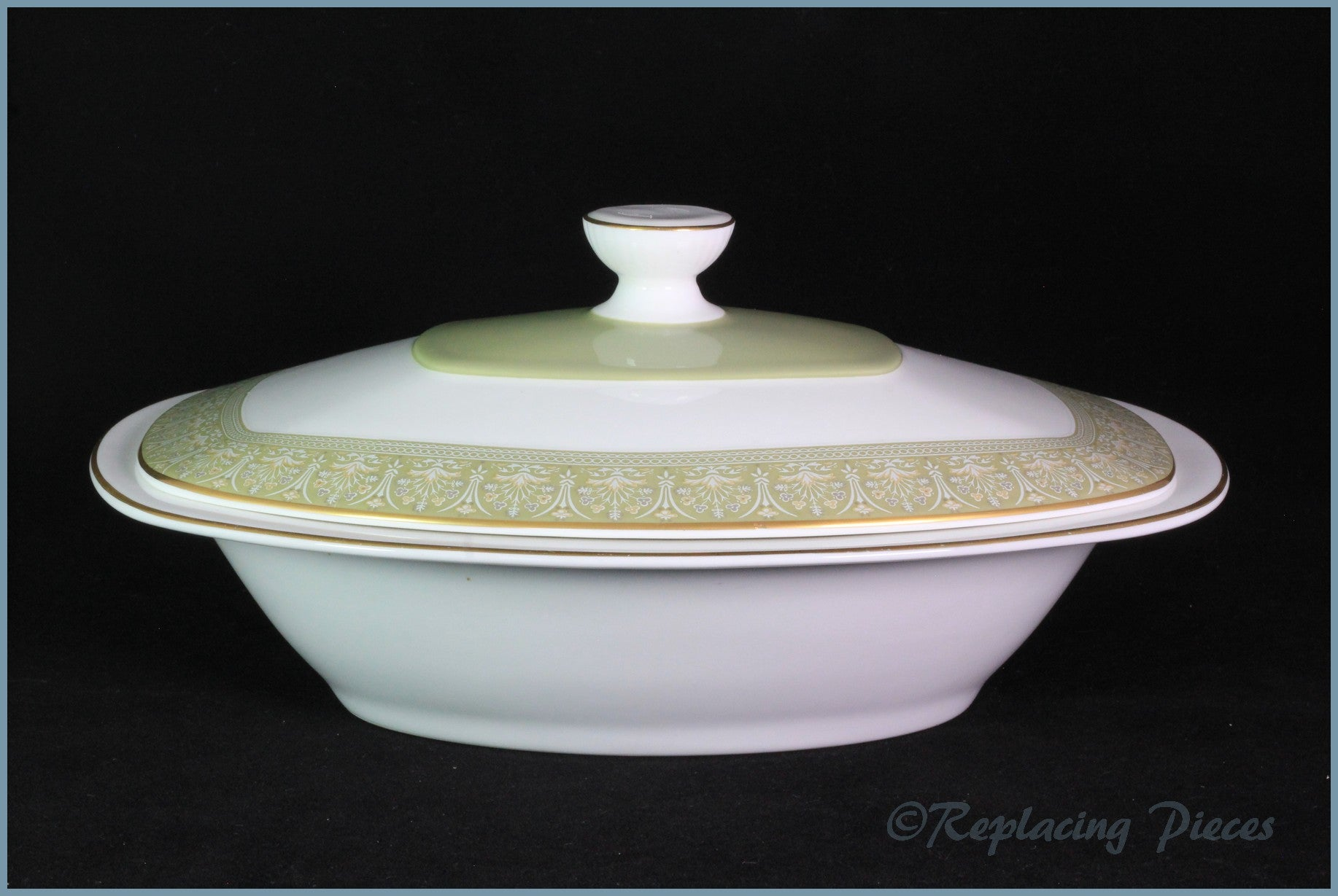 Royal Doulton - Sonnet (H5012) - Lidded Vegetable Dish