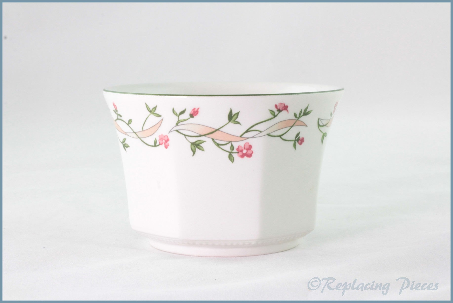 Johnson Brothers - Eternal Beau - Open Sugar Bowl