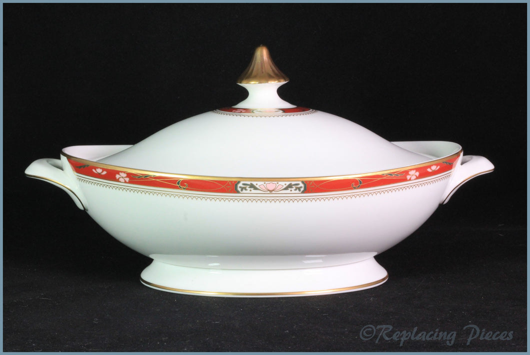 Royal Doulton - Sandon (H5172) - Lidded Vegetable Dish