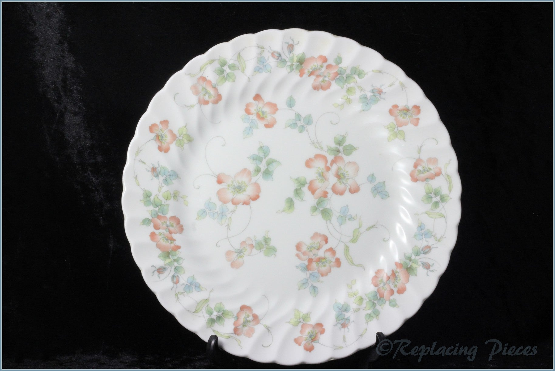 Wedgwood - Cottage Rose - Salad Plate