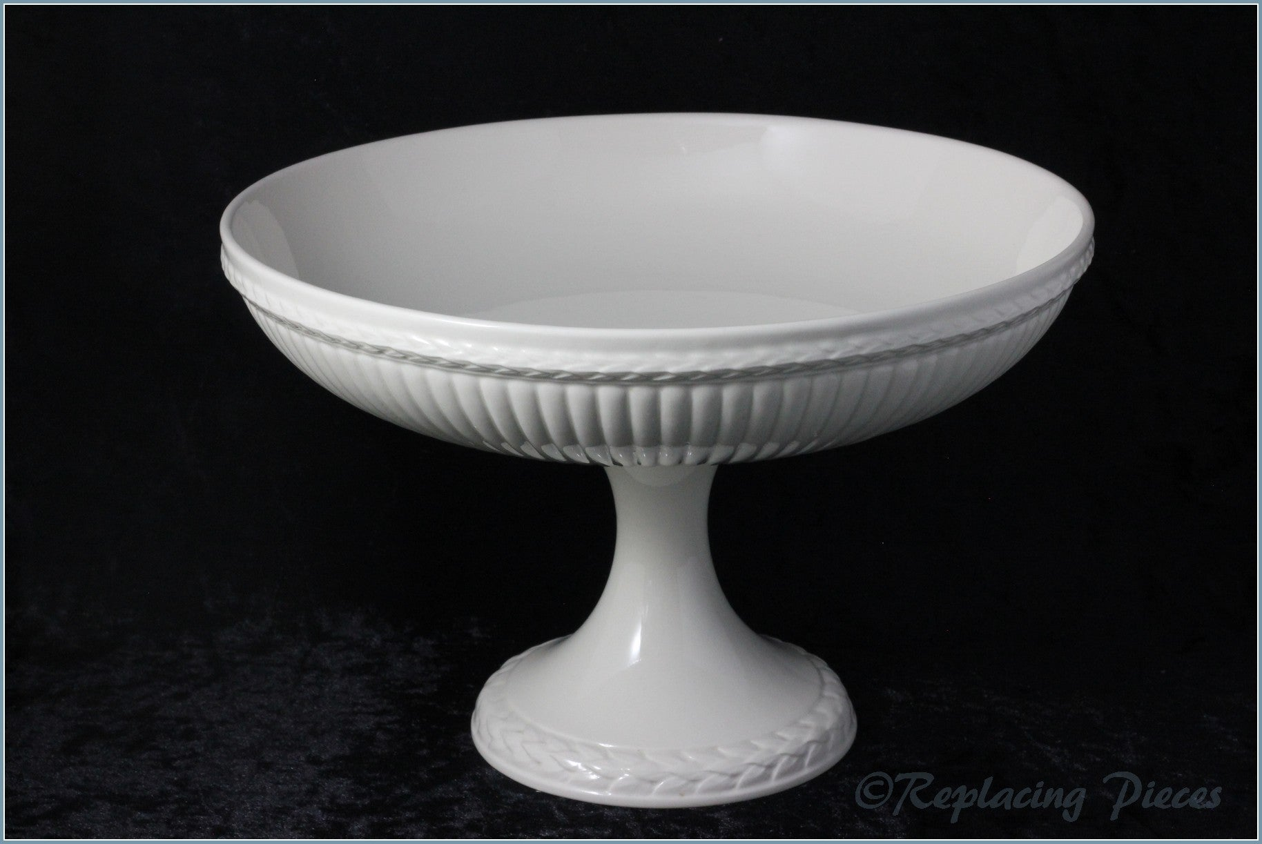 Wedgwood - Edme - Footed Cake Stand