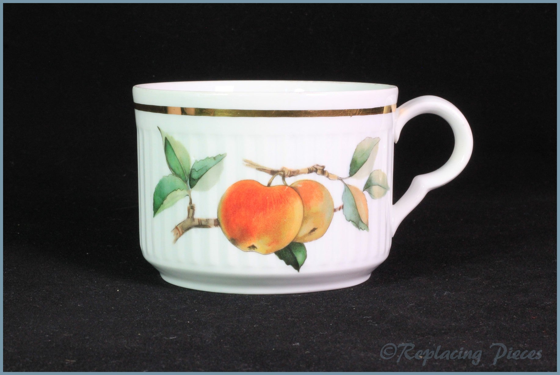 Royal Worcester - Evesham (Ribbed) - Breakfast Cup