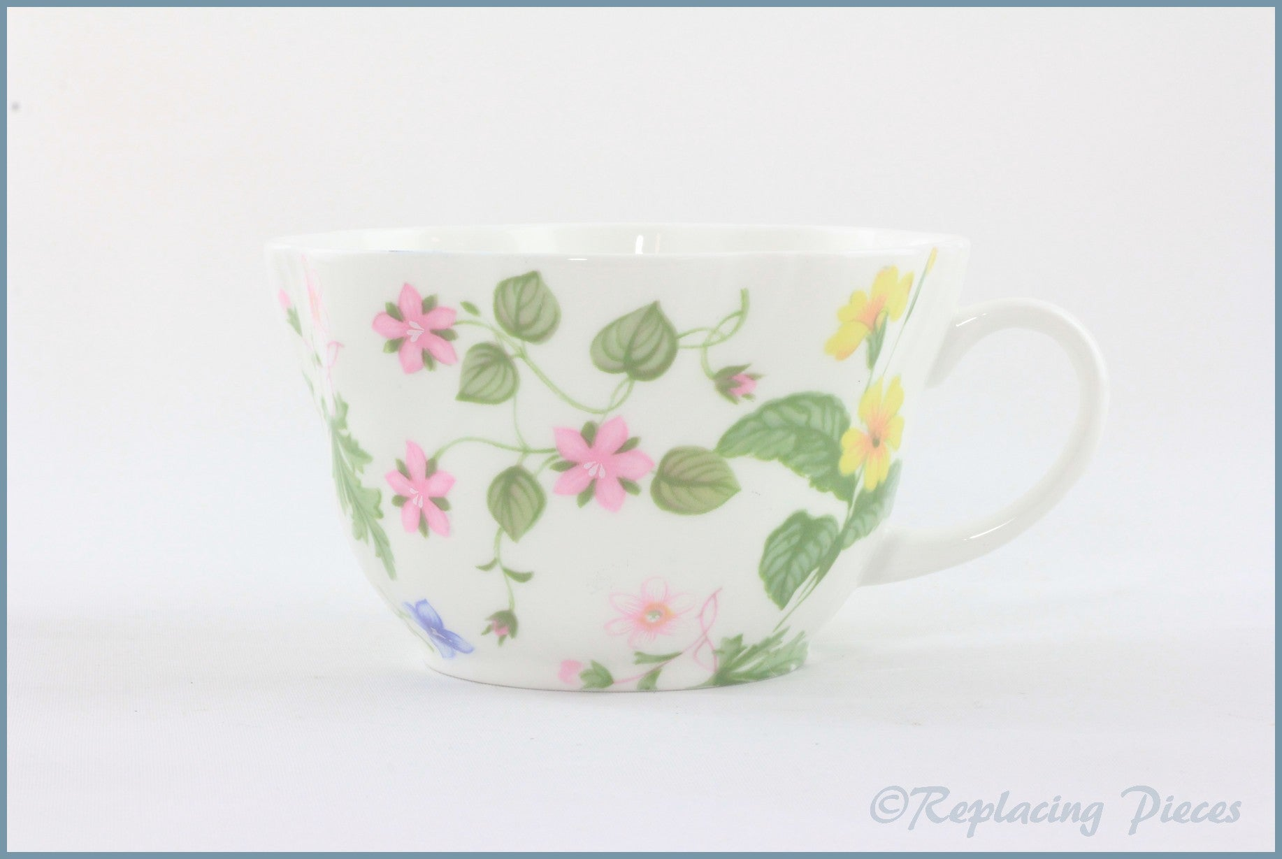 Queens - Country Meadow - Breakfast Cup