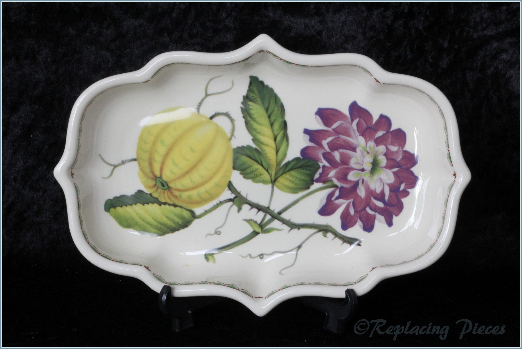 Spode - Victoria - Fluted Serving Dish