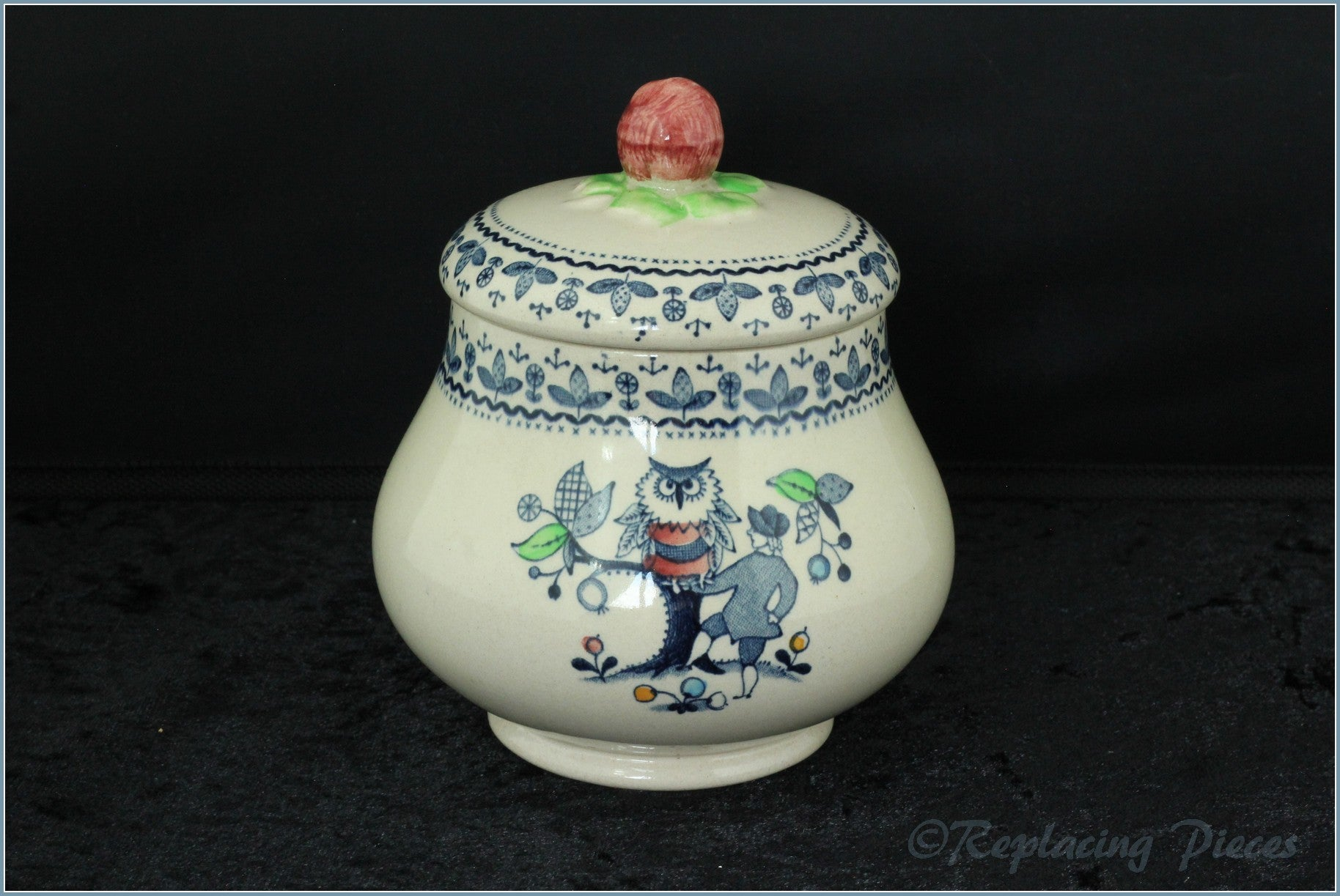Johnson Brothers - Hearts & Flowers - Lidded Sugar Bowl