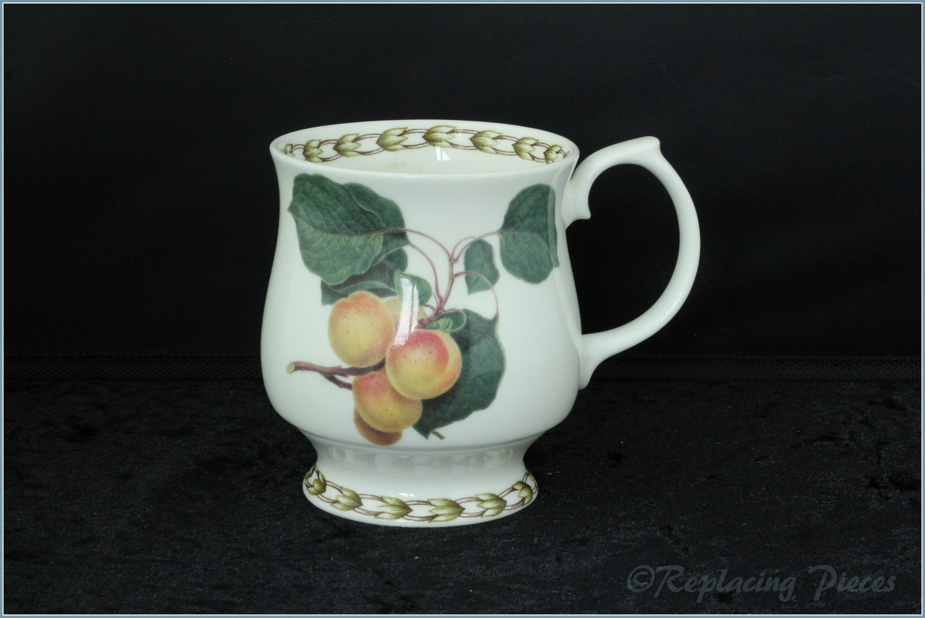 Queens - Hookers Fruit - Mug (Apricot)