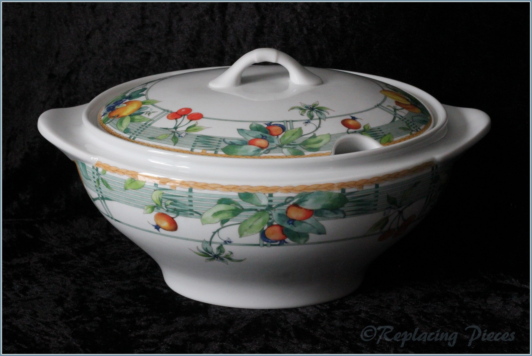 Wedgwood - Eden (Home) - Soup Tureen