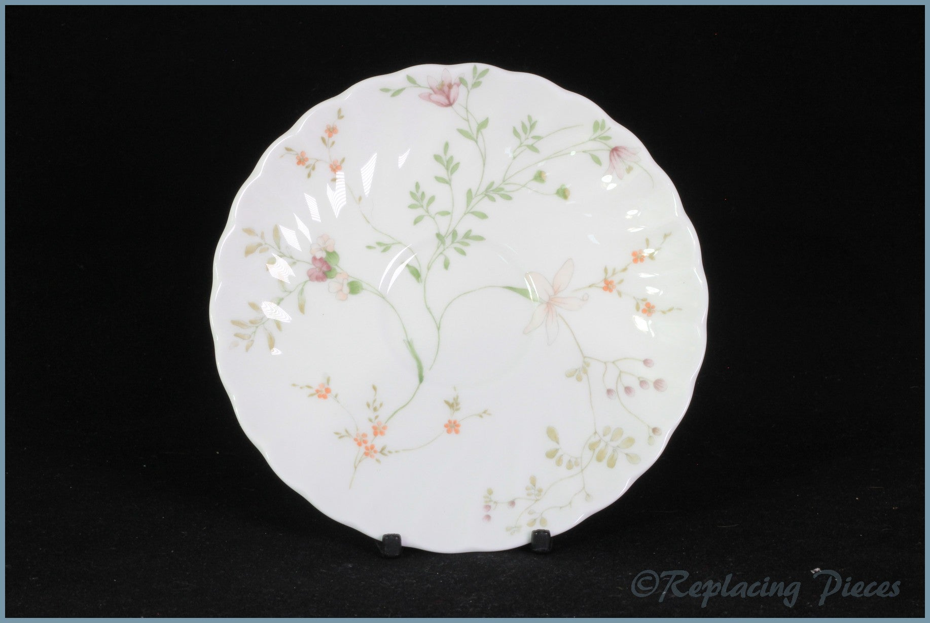 Wedgwood - Campion - Tea Saucer
