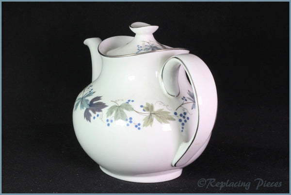 Royal Doulton - Burgundy (TC1001) - 2 Pint Teapot