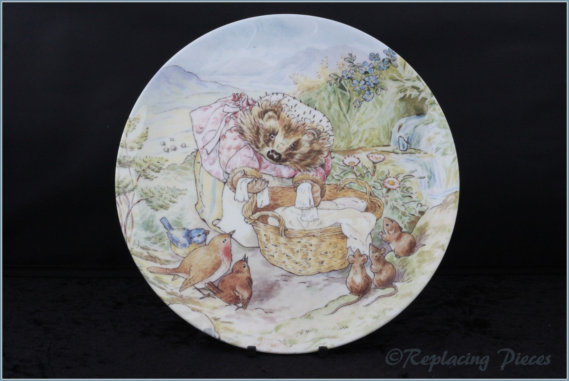Wedgwood - The World Of Beatrix Potter - The Tale Of Mrs Tiggle-Winkle