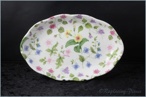Queens - Country Meadow - Oval Tray