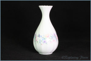 Wedgwood - Angela (Fluted) (R4870) - Bud Vase