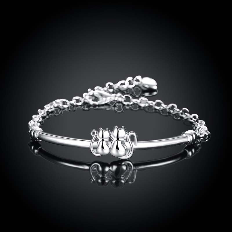 FREE Fashion Silver Cat Charm Bracelet for Women