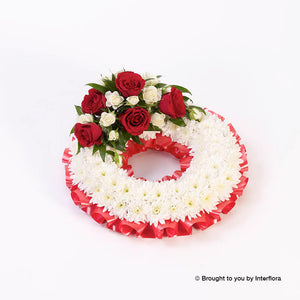 Traditional Wreath - Red and White