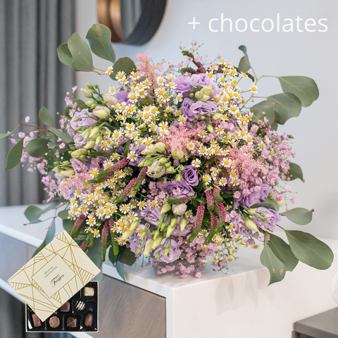 Garden Bouquet With Chocolates