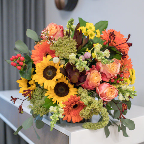 Bouquet of roses, gerberas and sunflowers