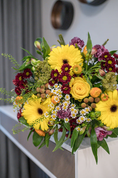 Yellow roses and gerberas bouquet