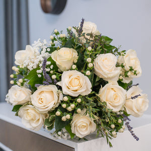 Hand-tied roses bouquet