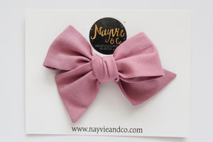 Mauve Hand-tied Bow