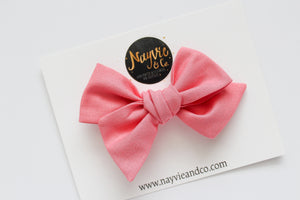Melon Hand-tied Bow