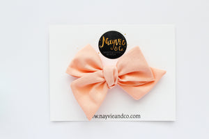 Ice Peach Hand-tied Bow