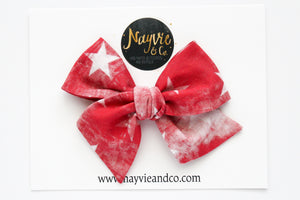 Red Distressed Stars Hand Tied Bow