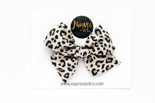 Small Leopard Hand Tied Bow