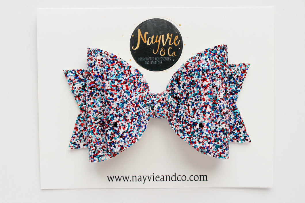 Party in the USA Dolly Bow