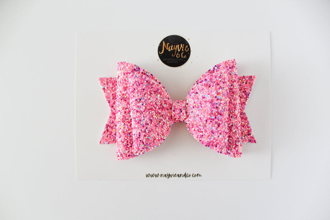 Think Pink Dolly Bow