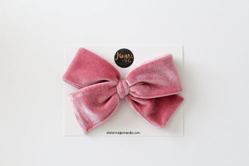 Dusty Pink Velvet Hand-tied Bow