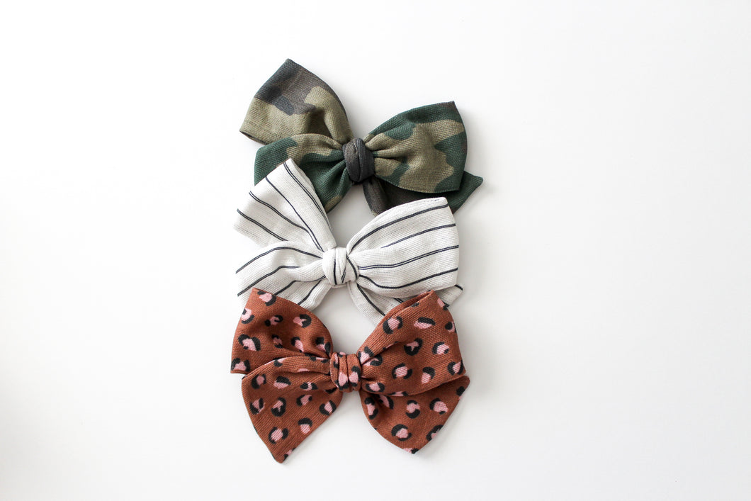 Taylor's Favorites Gauze Hand-tied Bow Set