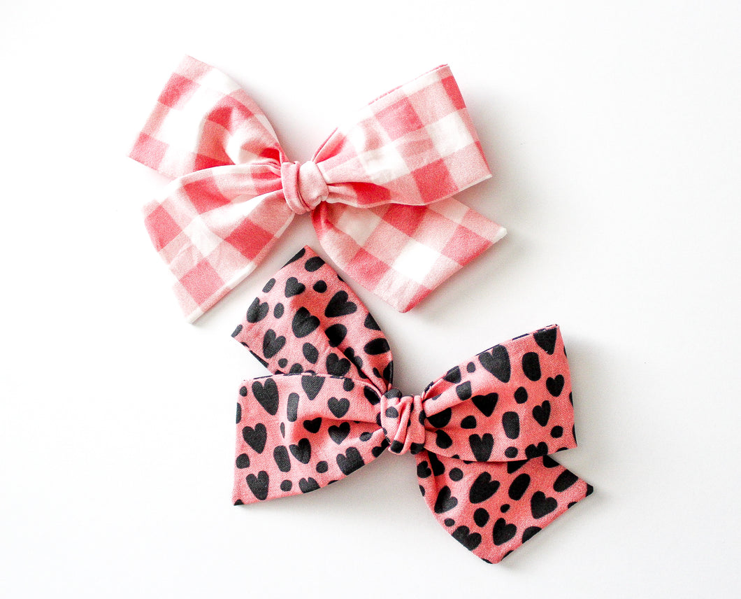 Leopard Hearts and Gingham Hand-tied Bow Set