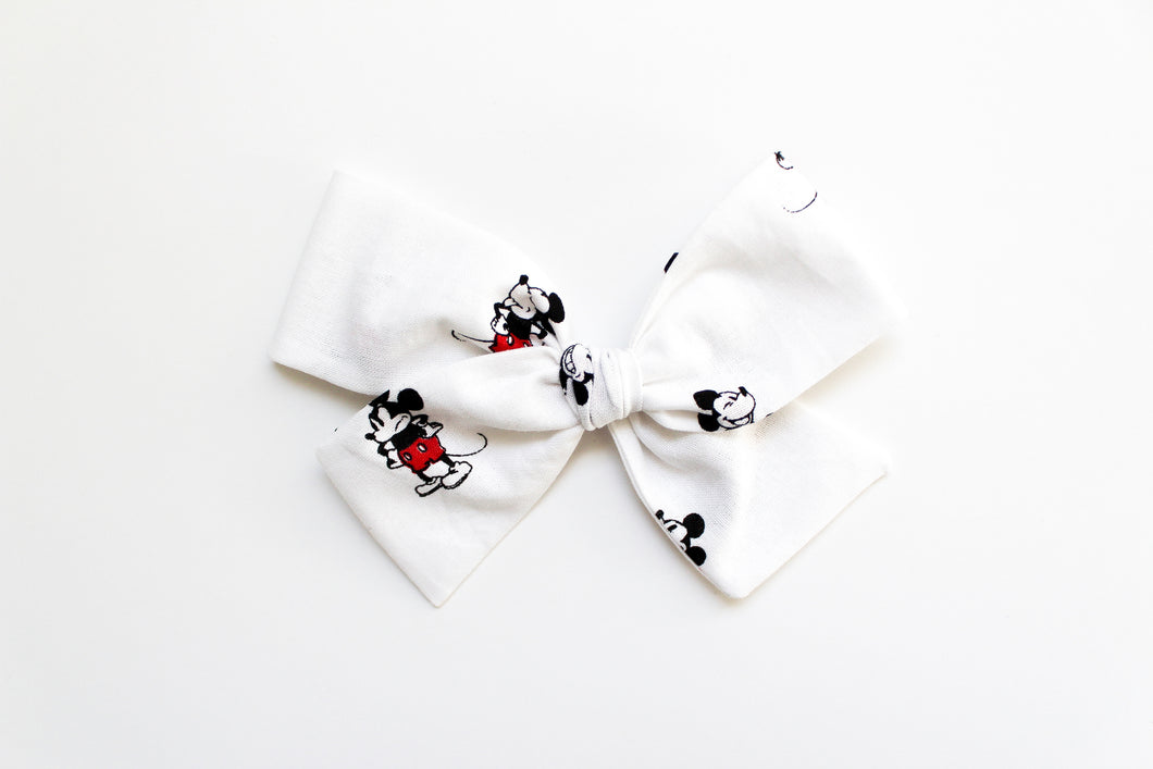 Mickey Hand-tied Bow